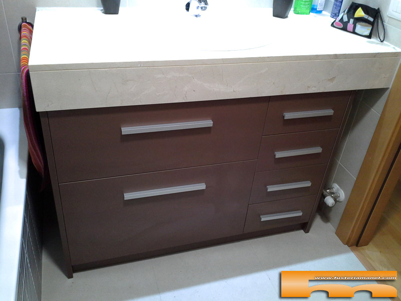 Mueble de ba o radiador a medida rubi elsa - Mueble bano a medida ...