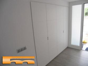 Muebles armarios a medida cocinas puertas espacios - Tiradores para armarios empotrados ...