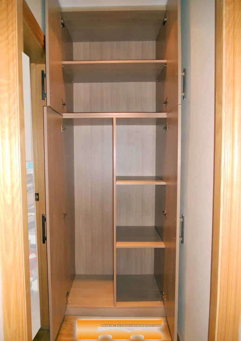 Interior armarios empotrados simple interior de armario - Armarios empotrados barcelona ...