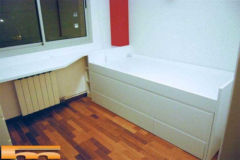 Cama compacta lacada habitaci n juvenil a medida sant for Escritorio habitacion juvenil