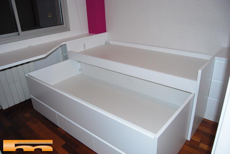 Cama compacta lacada habitaci n juvenil a medida sant for Cama juvenil con escritorio