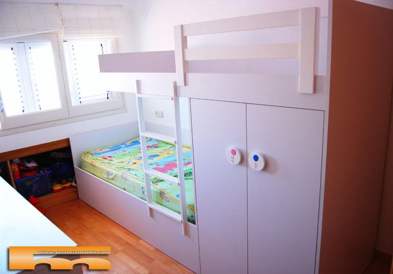 Litera tren habitaci n infantil ni o ni a montse canet for Habitacion con litera