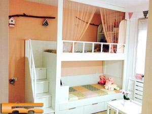 Literas camas realizadas habitaciones fichas for Cama bajo escalera