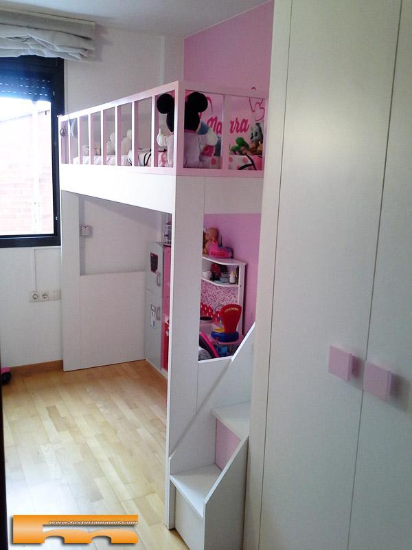 Cama alta escalera cajones habitaci n infantil rosa vanesa molins de rei - Escaleras para camas altas ...