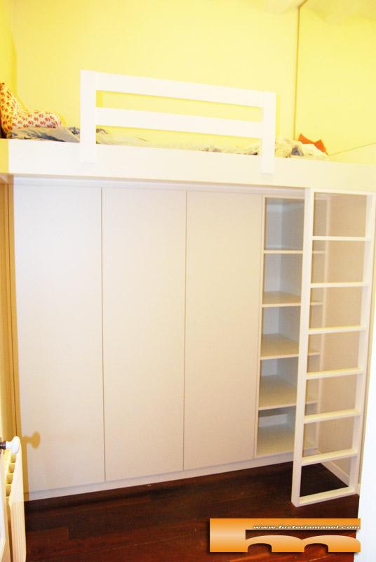 Camas altas con armario habitaci n juvenil chicos for Habitacion juvenil 2 camas