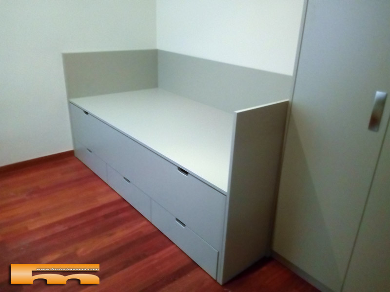 Cama compacta a medida habitaci n doble infantil con for Cama compacta con escritorio