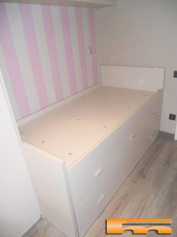 Cama compacta nido doble con armario y escritorio for Medidas camas compactas juveniles