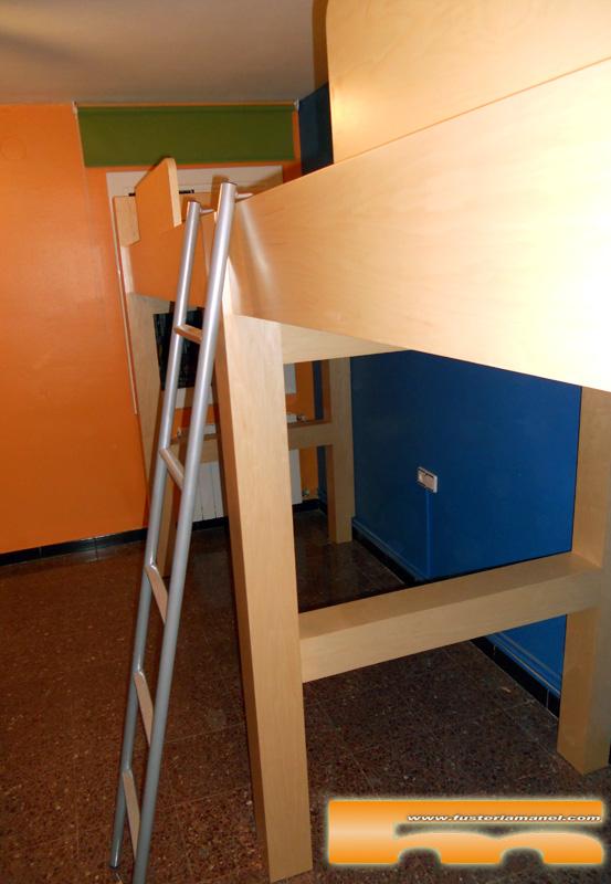 Habitaci n juvenil a medida camas altas cornella de for Medidas cama juvenil