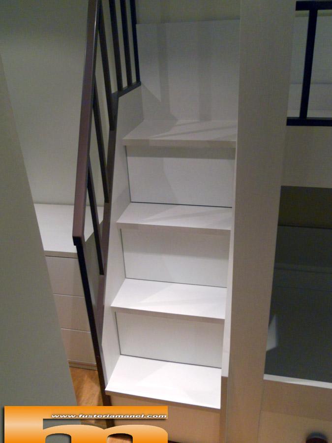 litera a medida escalera lateral infantil matadepera barcelona detalle escalera