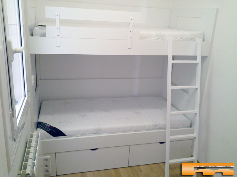 La habitaci n de tus hij s es peque a cuadrada y para 2 - Literas para habitaciones pequenas ...