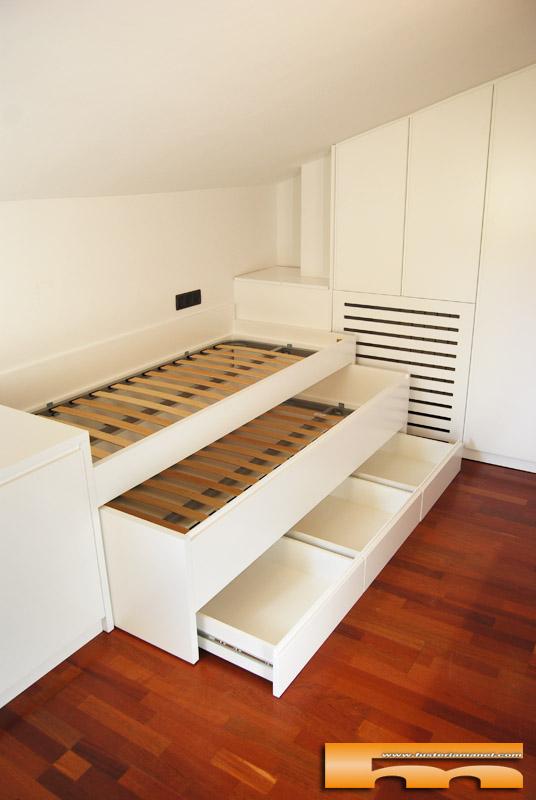 Habitaci n juvenil buhardilla a medida amaya sant for Medidas camas compactas juveniles