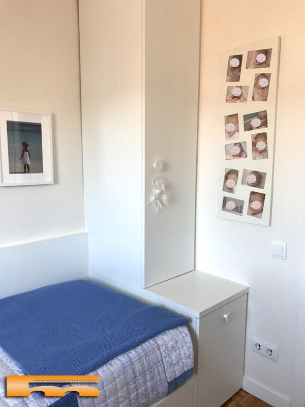 Habitacion infantil peque a conjunto armario escritorio for Armario habitacion nina