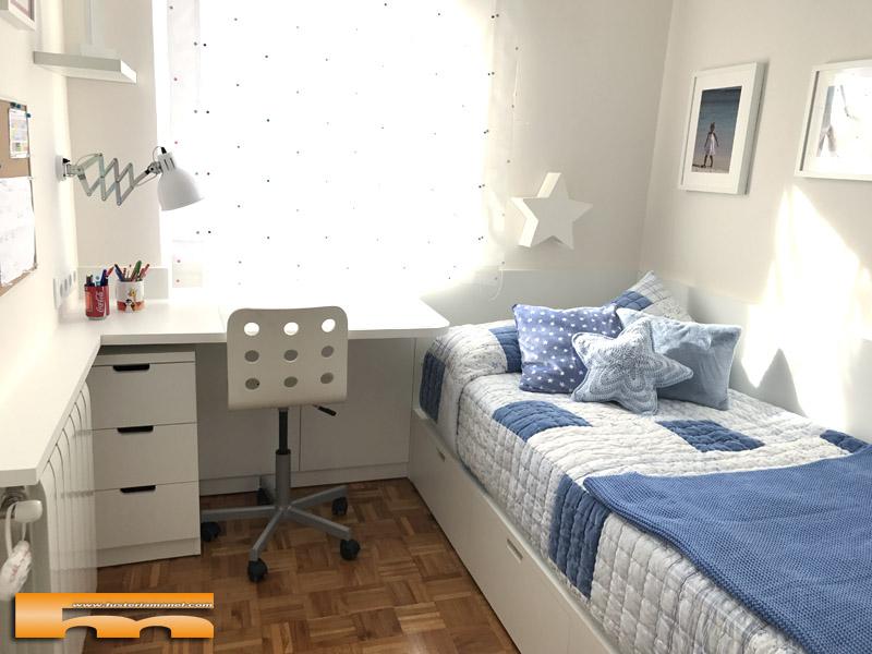 Habitacion infantil peque a conjunto armario escritorio for Habitacion 3 camas
