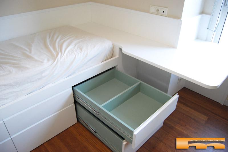 Cama compacta escritorio esquina hab juvenil carme for Cama juvenil con escritorio