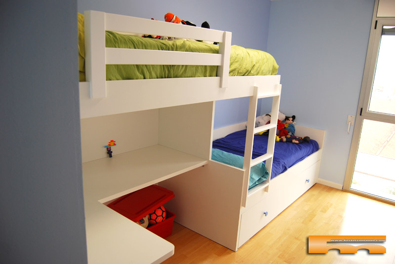 Habitacion infantil litera escritorio jordi sabadell - Literas tren medidas ...