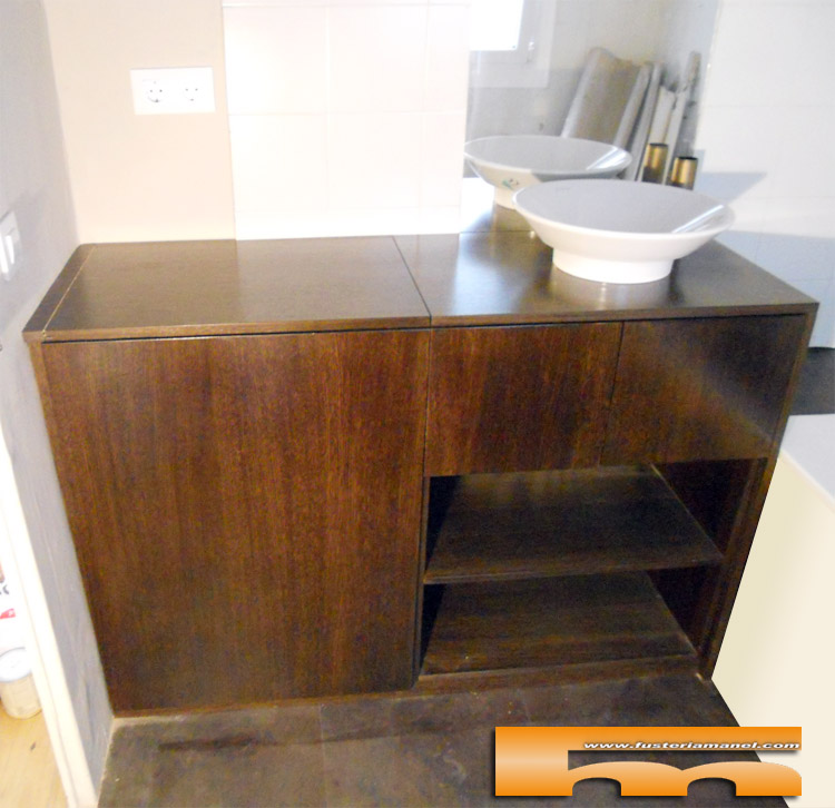 Medidas Baño De Servicio:Mueble de baño a medida con apertura superior para lavadora realizado