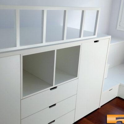 Habitacion infantil compartida con cama block y cama cajones_cruzada_escalera_cajones_Montse_Sant Cugat del Valles