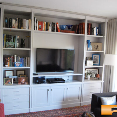 Estanteria_a_medida_moldura_Montse_Sant_Cugat_salon_decoracion