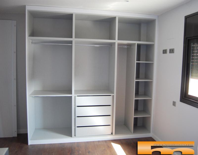 armario a medida lacado Diseño_Italiano_Sant cugat_Montse_interior