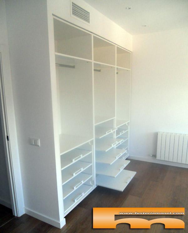 armario a medida viladecans barcelona juvenil lacado diseño interior estantes extraibles miquel