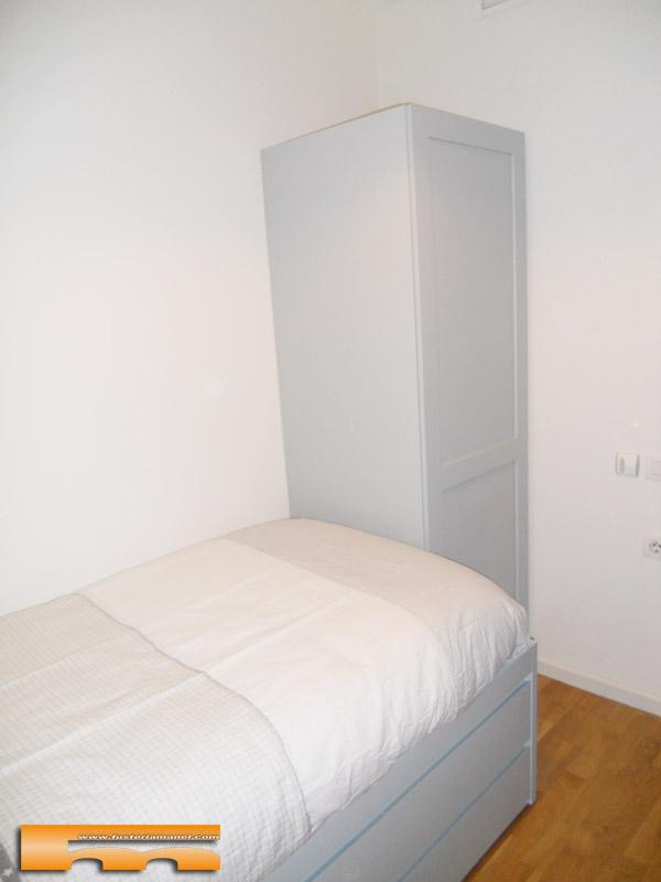 armario-con-cama-nido-habitacion-juvenil-a-medida-lacada-elisabet-barcelona