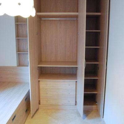 Habitación nfantil Compartida con Armario y Camas compacta + Cama cajones   Glòria   Barcelona