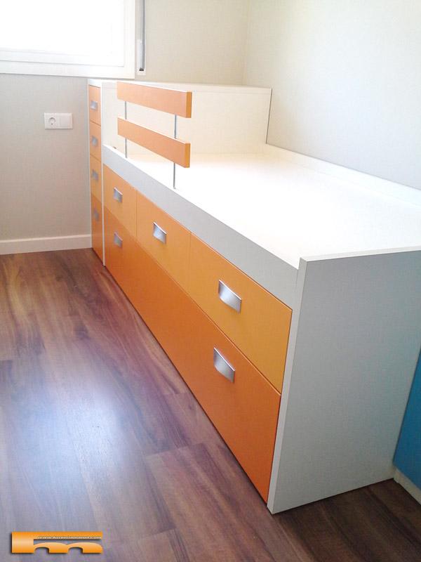 cama_compacta_a_medida_cajones_cabezal_MJose_Sant_Feliu_Llobregat