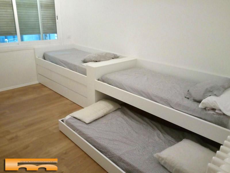 Camas a medida Habitación Triple Infantil con Armario   Barcelona   Beatriz