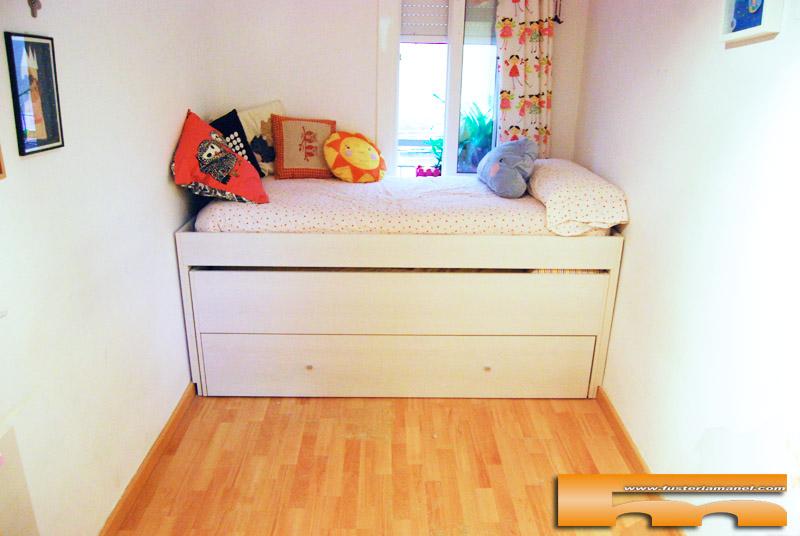 Habitación Infantil con Armario y cama compacta Triple | Anna | Barcelona