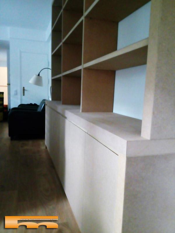 estanteria_libreria_a_medida_salon_pintada_Beatriz_Sarria