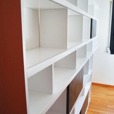 estanteria_libreria_lacada_sant_cugat_Flora