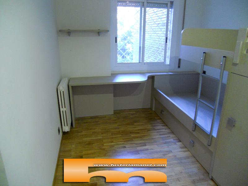 habitacion juvenil cama tren con escritorio a medida barcelona