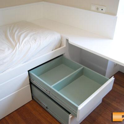 habitacion_2_juvenil_a_medida_cama_cajones_abierto_lacada_Carmen_Barcelona