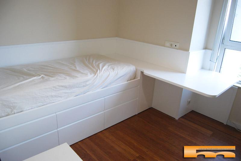 habitacion_2_juvenil_a_medida_cama_cajones_escritorio_lacada_Carmen_Barcelona
