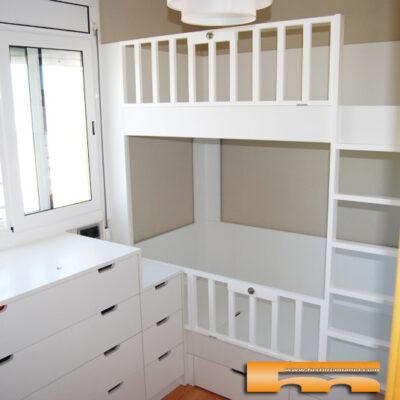 Habitación Infantil con Litera 90*180 y barandillas tipo Cuna, Armario y cómoda anexa | Núria | Sant Boi de Llobregat
