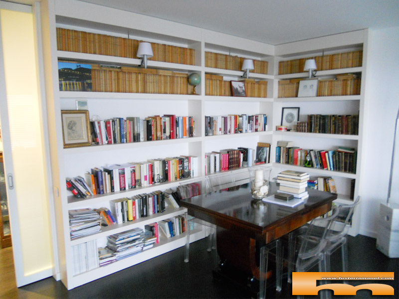 libreria-a-medida-lacada-barcelona-cristina