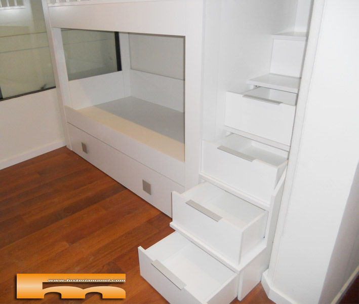 litera_a_medida_habitacion_infantil_manel_barcelona_cajones_escalera