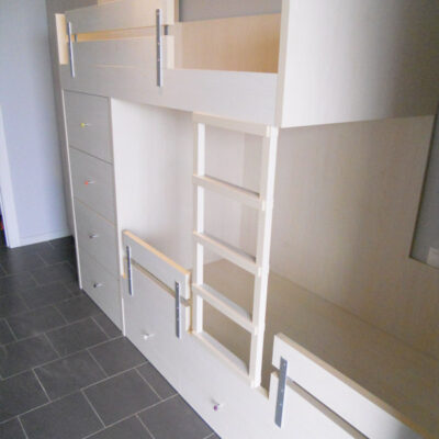 litera_tren_habitacion_infantil_escritorio_laia_barcelona1