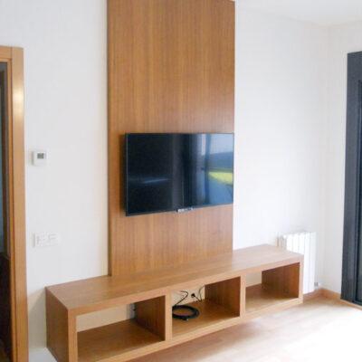 mueble-tv-a-medida-salon-estanteria-Oscar-Badalona