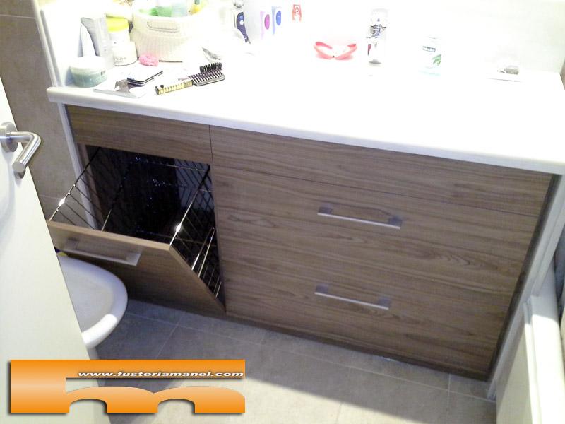 mueble_baño_melamina_push_tolva_interior_SantFeliuLlobregat_Aide_Tolva