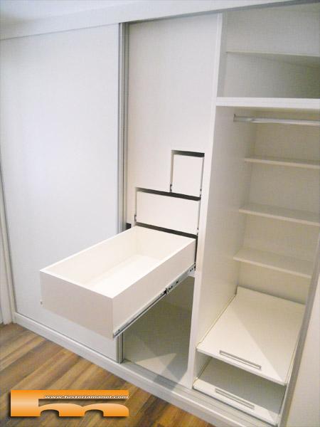 vestidor a medida bajo escalera puertas correderas doble fondo cerdanyola marta int bajo escalera 2