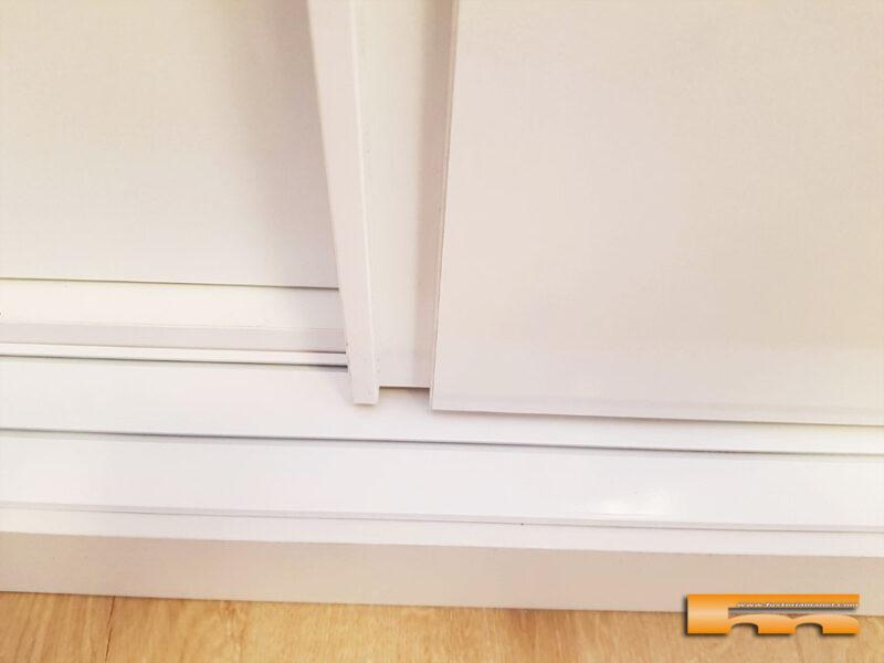 Armario correderas a medida sin perfil aluminio tapaboca detalle Dani Barcelona