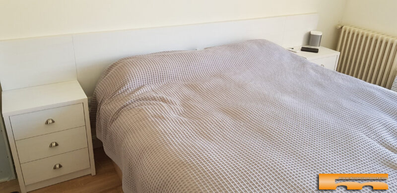 cabezal y mesitas dormitorio matrimonio melamina Rubi Vicky