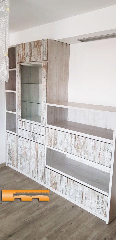 vitrina_mueble_a_medida_salón_decoracion_Elsa_Rubí_1