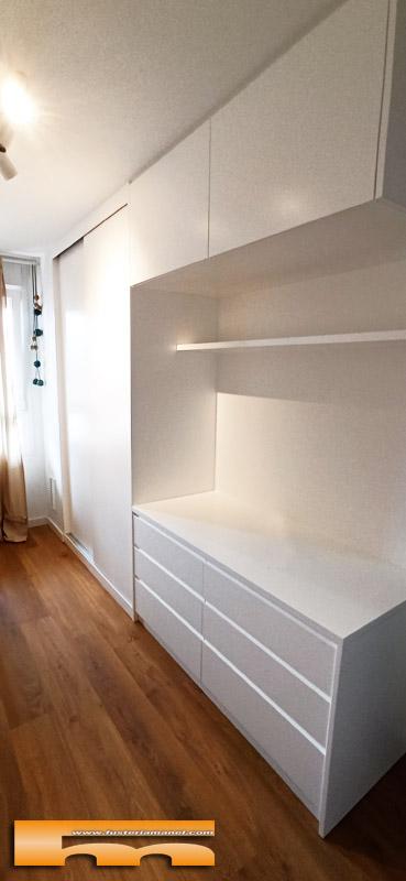 Armario lacado a medida con cómoda y altillo anexos Gimena Barcelona